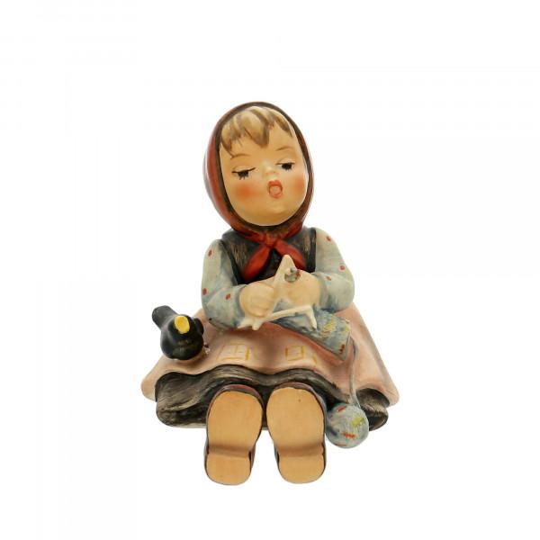 """Goebel Figur """"Strickliesl"""" Höhe 9,0 cm"""