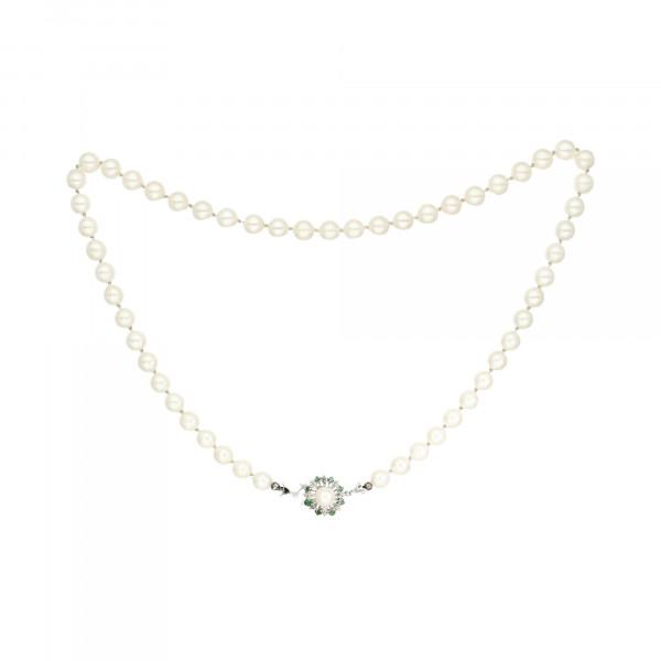 Perlenkette weiß 54 Perlen mit Schloss Weißgold 750 mit 8 Smaragden + 1 Perle